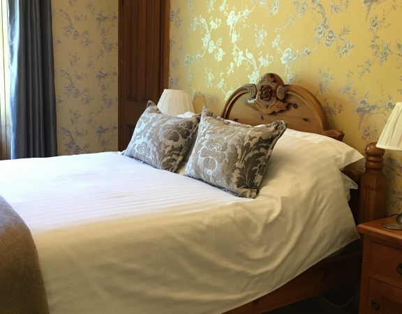 Double Room ( with shared shower room )