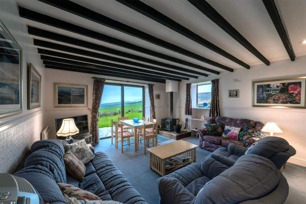 Glenlivet Cottage Lounge