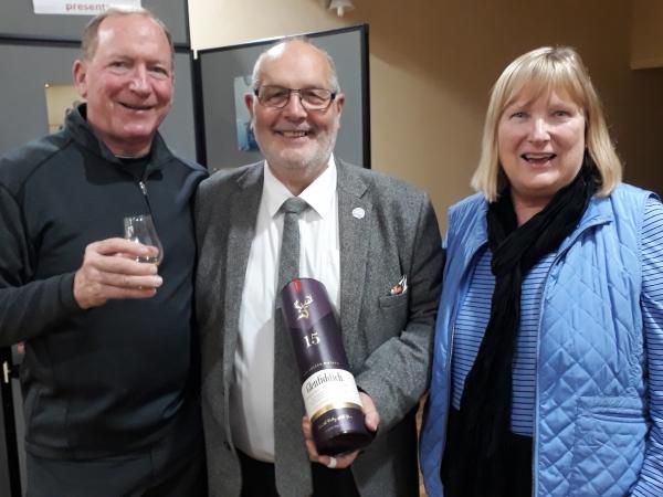 Glenfiddich Distillery 31 Jul 19 - Winners  Dale and Linda Zwiaska